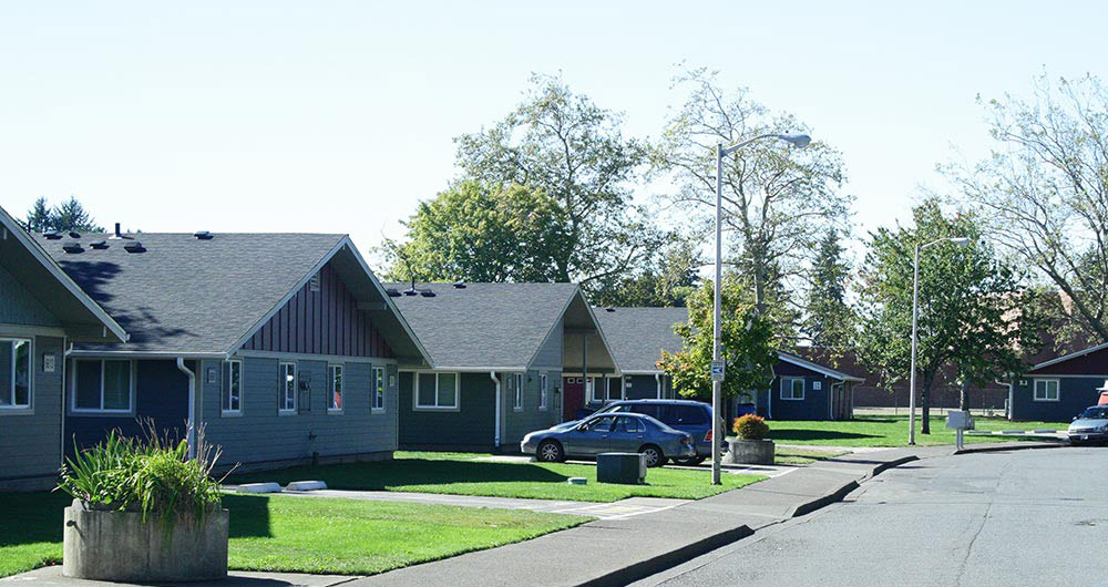 Street view of Skyline Crest Apartments